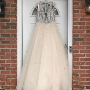 Prom dress ball gown